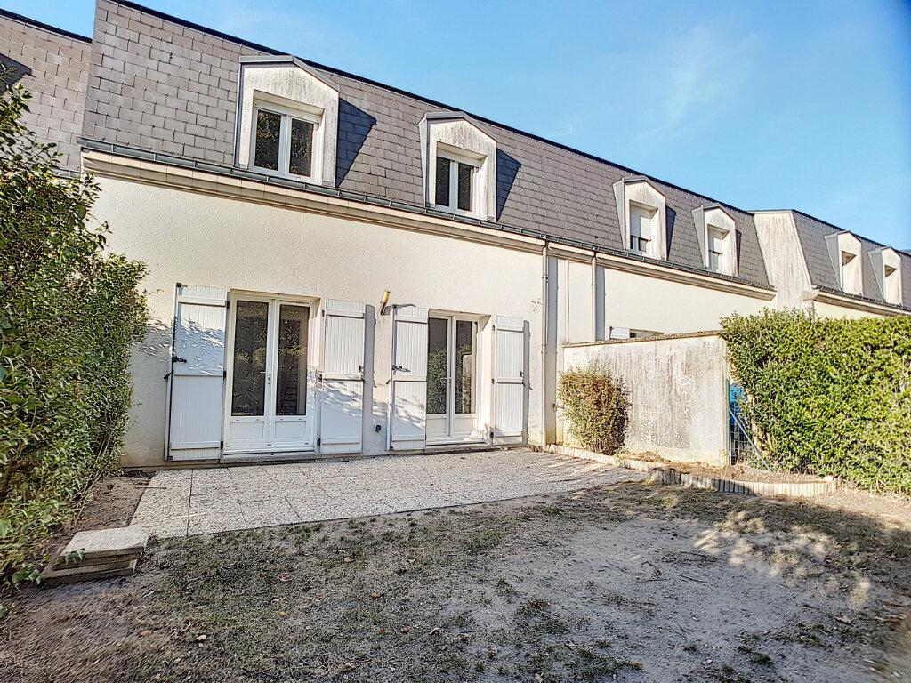 Maison à louer 5 94.07m2 à Saint-Jean-de-Braye vignette-2