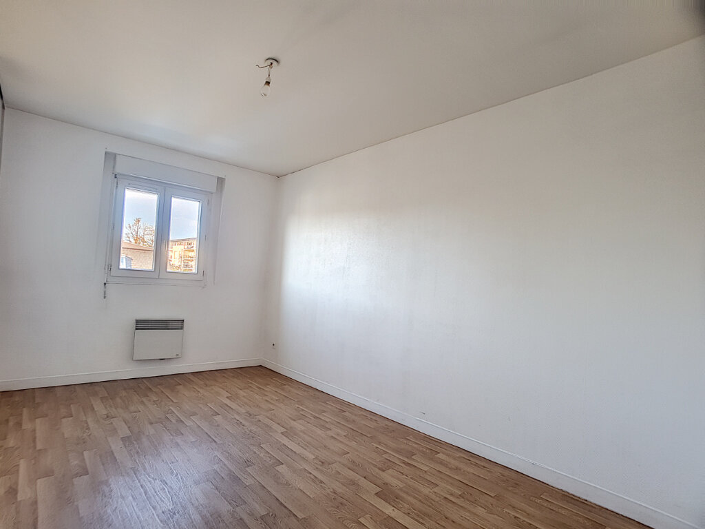 Maison à louer 5 94.07m2 à Saint-Jean-de-Braye vignette-3