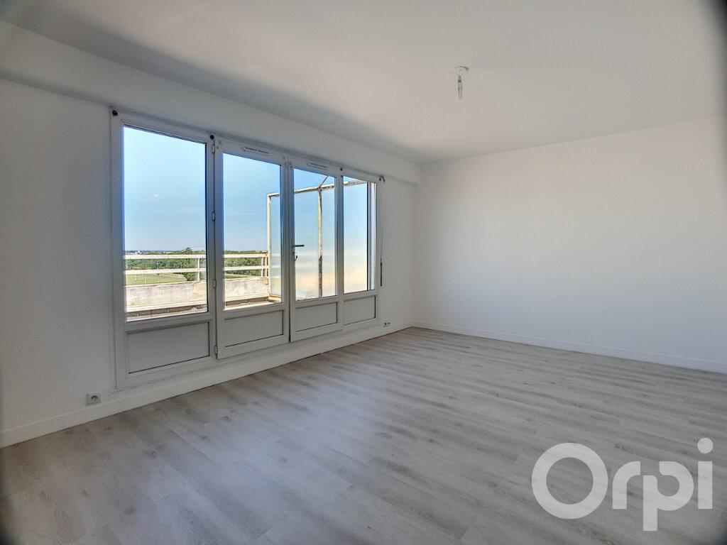 Appartement à louer 1 40.8m2 à Orléans vignette-1