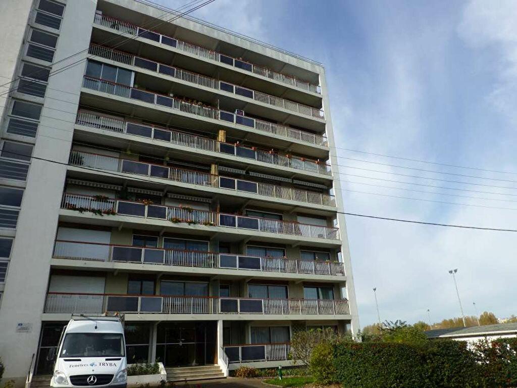 Appartement à louer 1 40.8m2 à Orléans vignette-7
