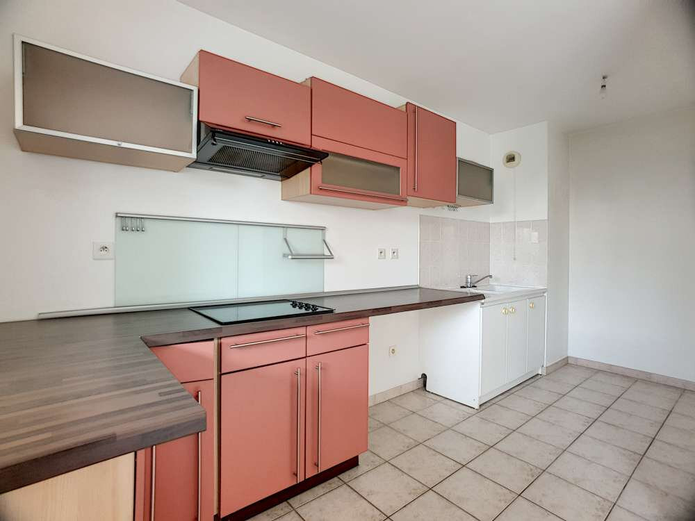 Appartement à louer 2 48.83m2 à Saint-Jean-de-la-Ruelle vignette-2