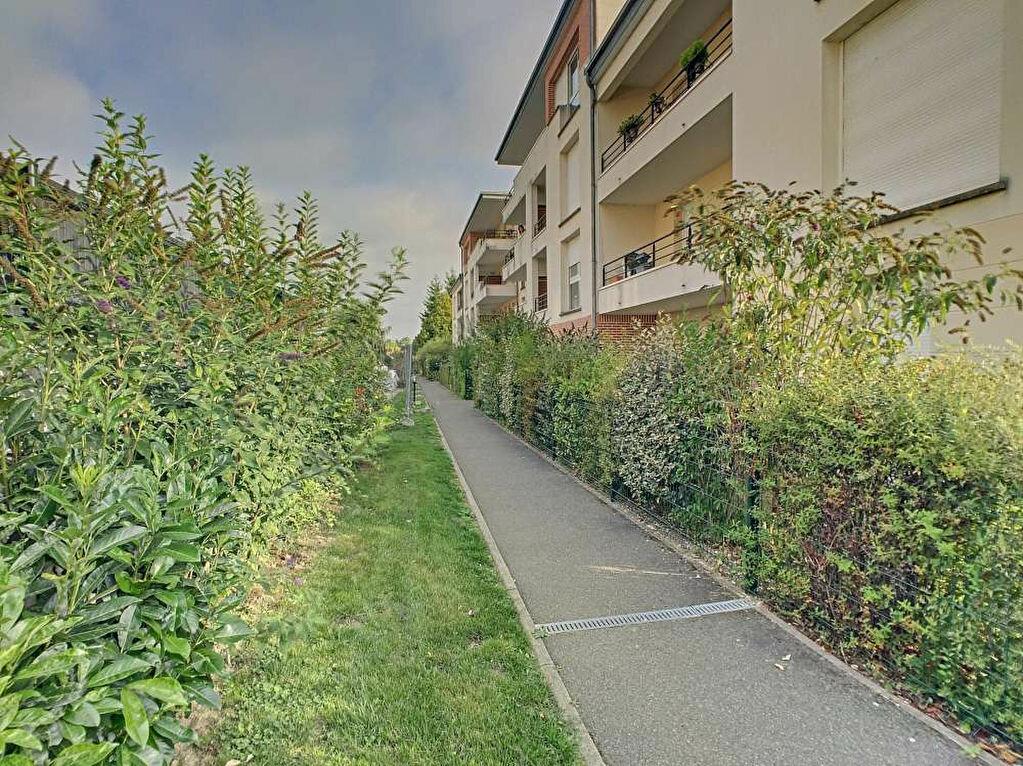 Appartement à louer 2 41.2m2 à La Chapelle-Saint-Mesmin vignette-2