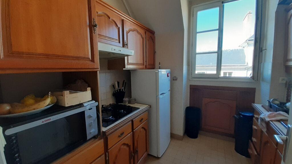 Appartement à louer 4 68m2 à Orléans vignette-2