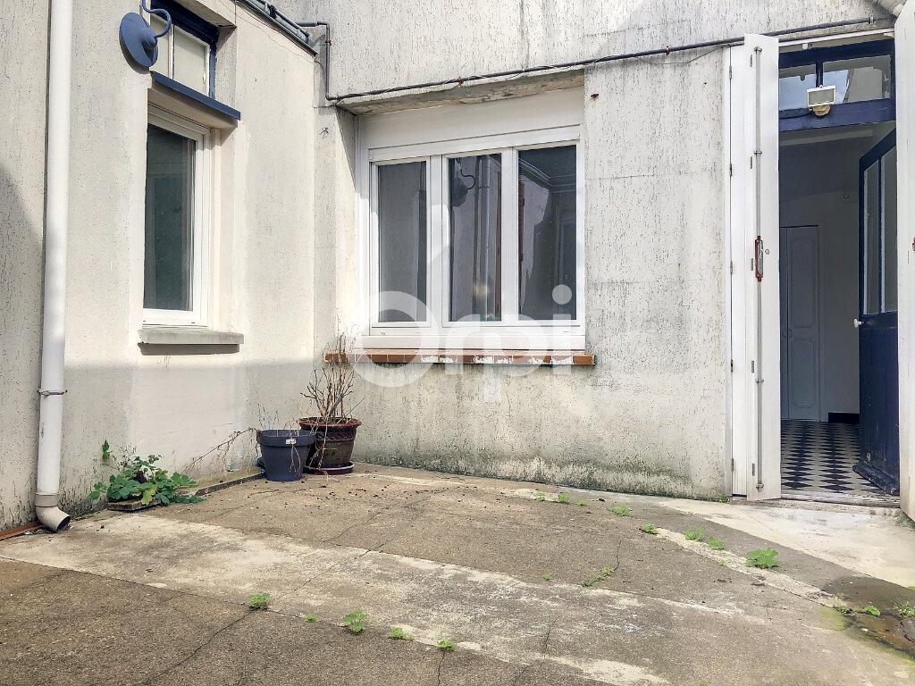 Appartement à louer 3 56.05m2 à Orléans vignette-8