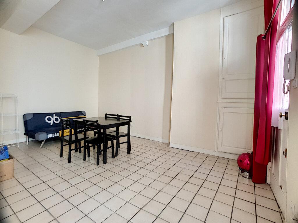 Appartement à louer 2 50.37m2 à Orléans vignette-2