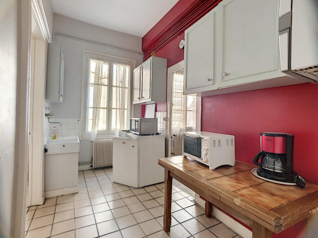 Appartement à louer 2 50.37m2 à Orléans vignette-3