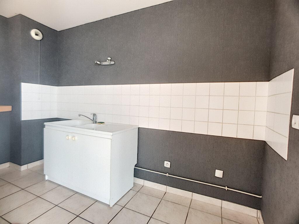 Appartement à louer 2 43.42m2 à Orléans vignette-5