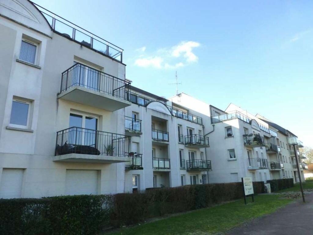 Appartement à louer 3 69.36m2 à Saint-Jean-le-Blanc vignette-1