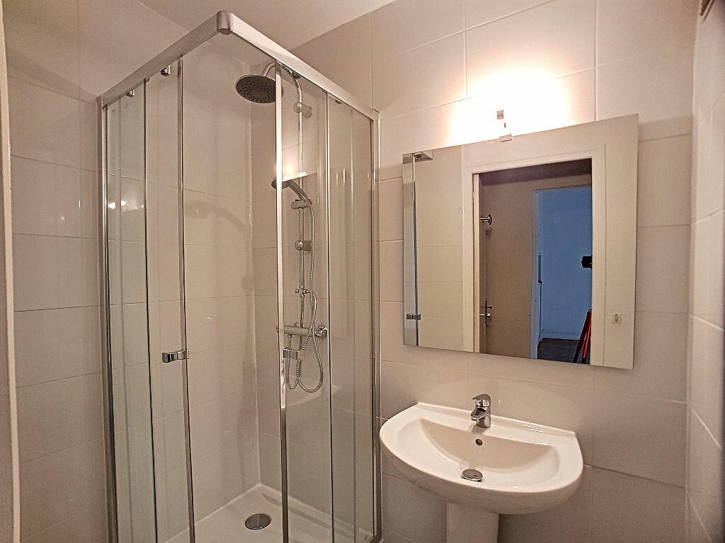 Appartement à louer 2 37.76m2 à Orléans vignette-5