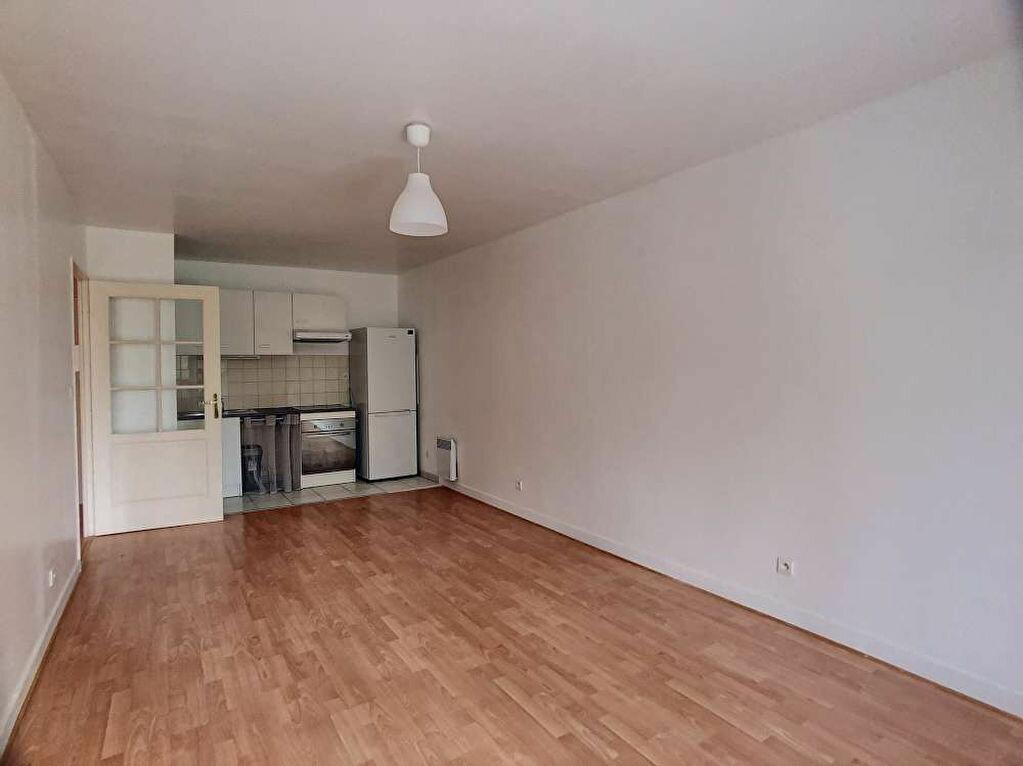 Appartement à louer 3 57.99m2 à Orléans vignette-5