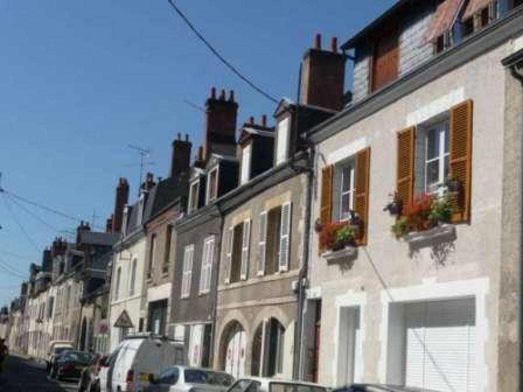 Appartement à louer 3 56.7m2 à Orléans vignette-9