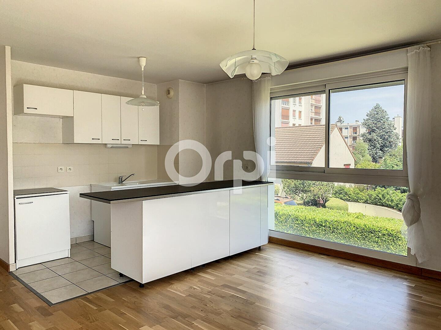 Appartement à louer 3 56.9m2 à La Chapelle-Saint-Mesmin vignette-1