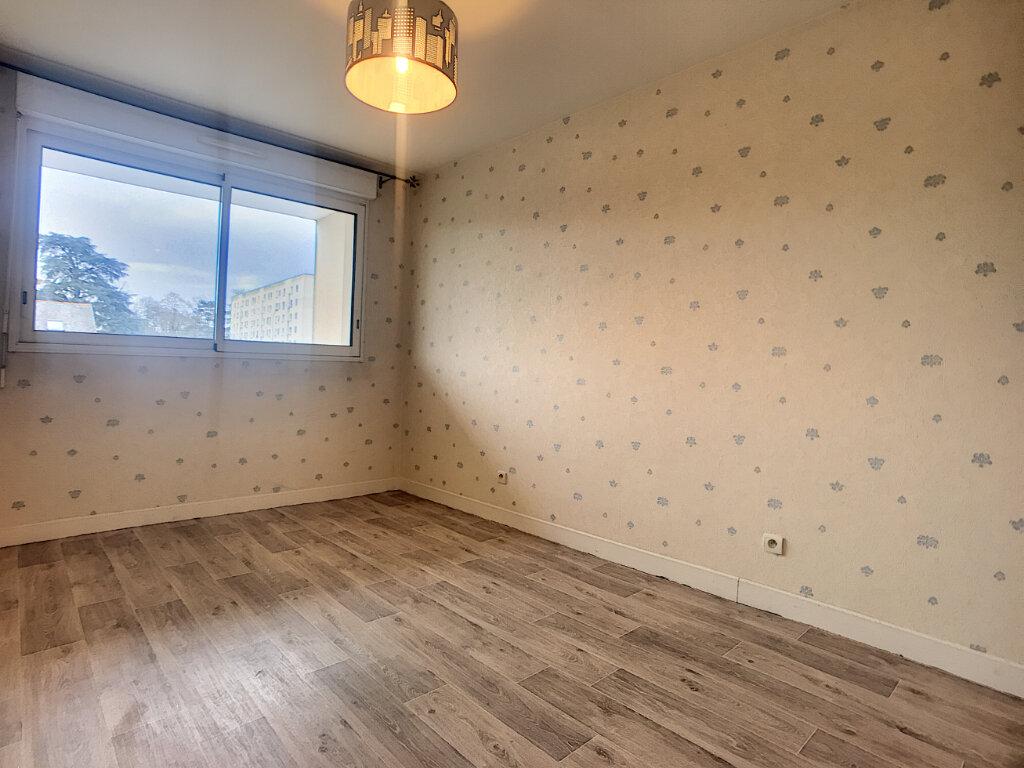 Appartement à louer 3 56.9m2 à La Chapelle-Saint-Mesmin vignette-3