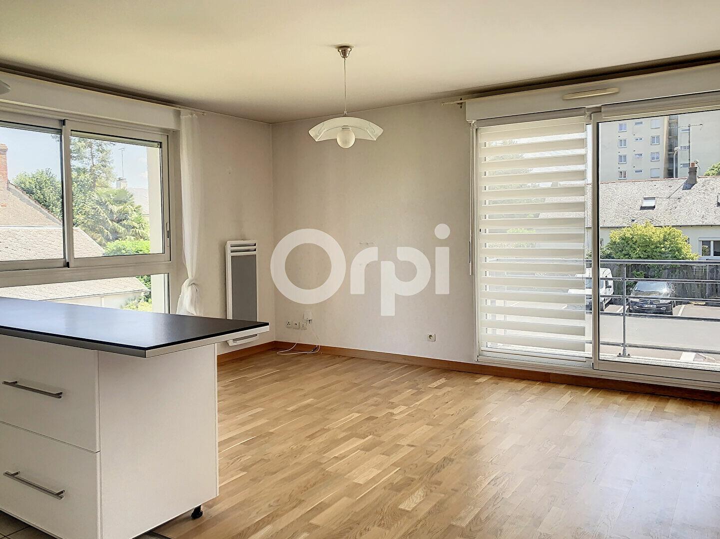 Appartement à louer 3 56.9m2 à La Chapelle-Saint-Mesmin vignette-6
