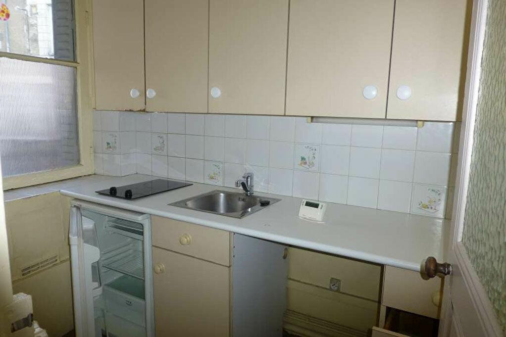 Appartement à louer 2 41.67m2 à Orléans vignette-4