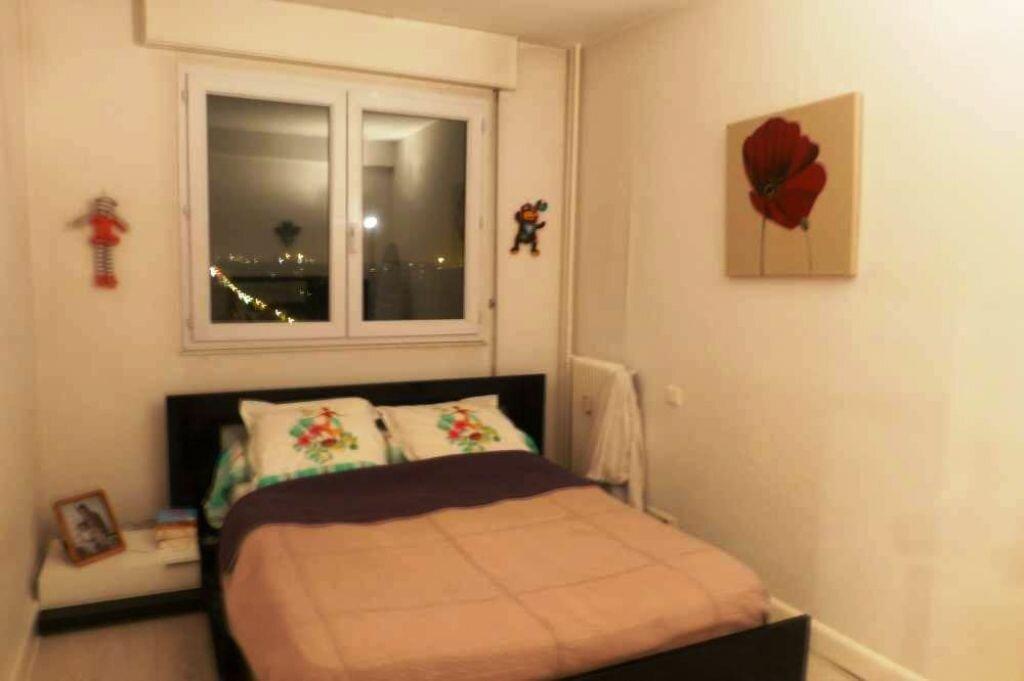 Appartement à louer 2 59.6m2 à Orléans vignette-5