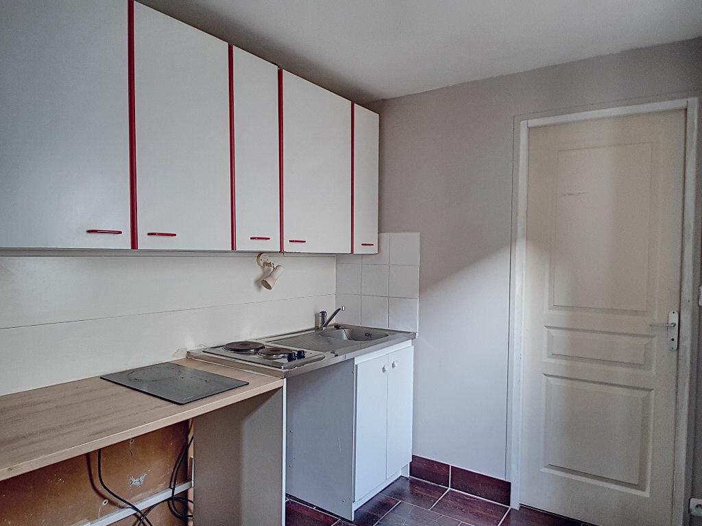 Appartement à louer 1 37.11m2 à Orléans vignette-3