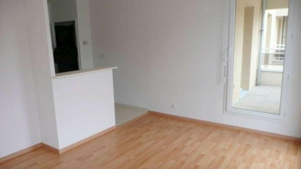 Appartement à louer 2 37.21m2 à Orléans vignette-2
