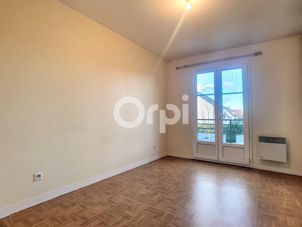 Maison à louer 5 100.34m2 à La Chapelle-Saint-Mesmin vignette-7