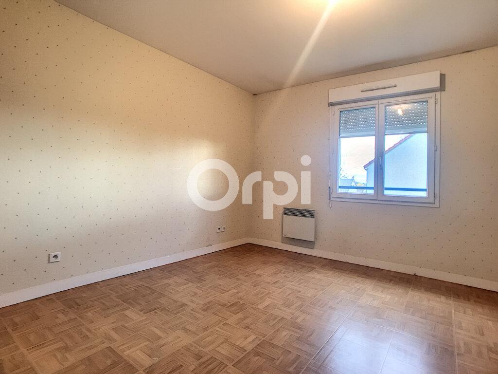 Maison à louer 5 100.34m2 à La Chapelle-Saint-Mesmin vignette-8