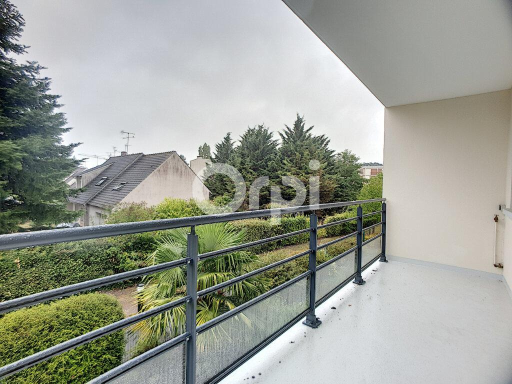 Appartement à louer 3 73.75m2 à La Chapelle-Saint-Mesmin vignette-3