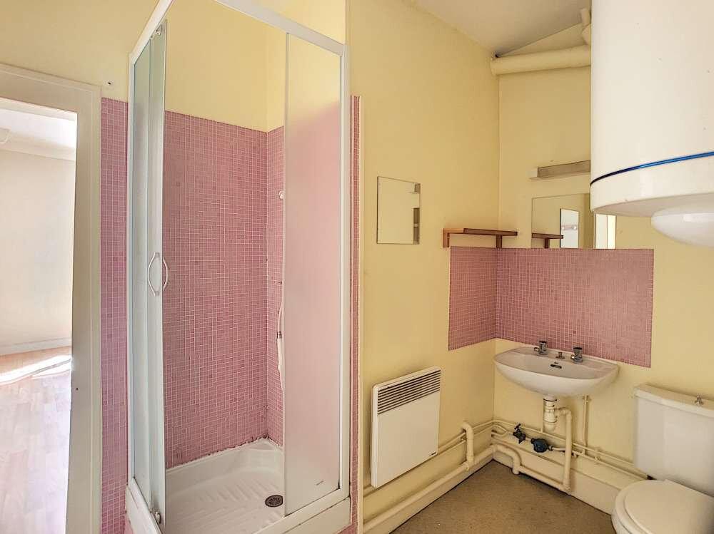 Appartement à louer 1 20m2 à Orléans vignette-4