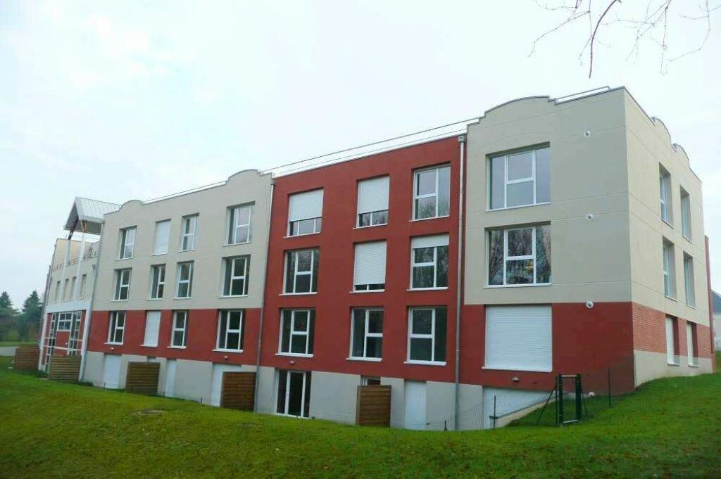 Appartement à louer 3 65.88m2 à Saint-Cyr-en-Val vignette-2