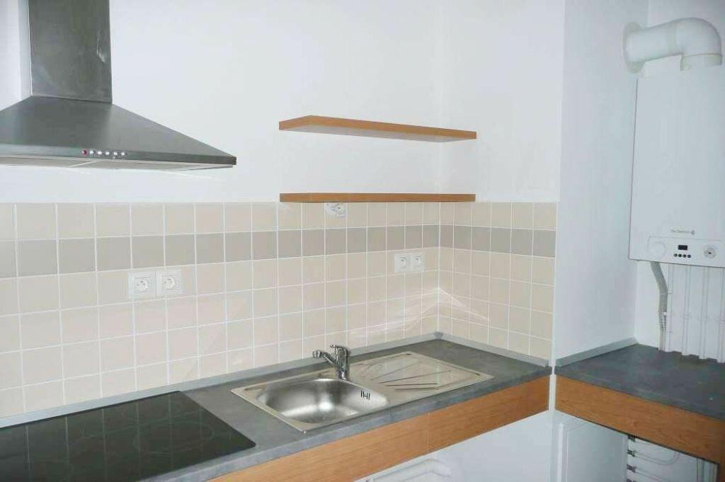 Appartement à louer 2 49.35m2 à Saint-Cyr-en-Val vignette-4