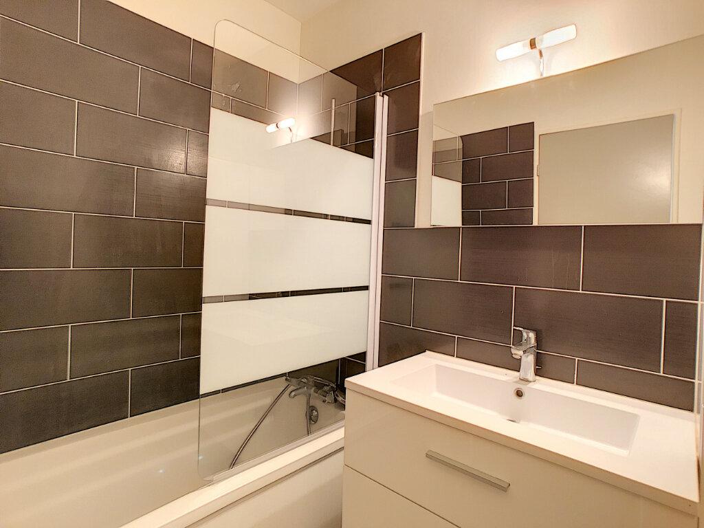 Appartement à louer 3 62.56m2 à Saint-Jean-de-Braye vignette-4