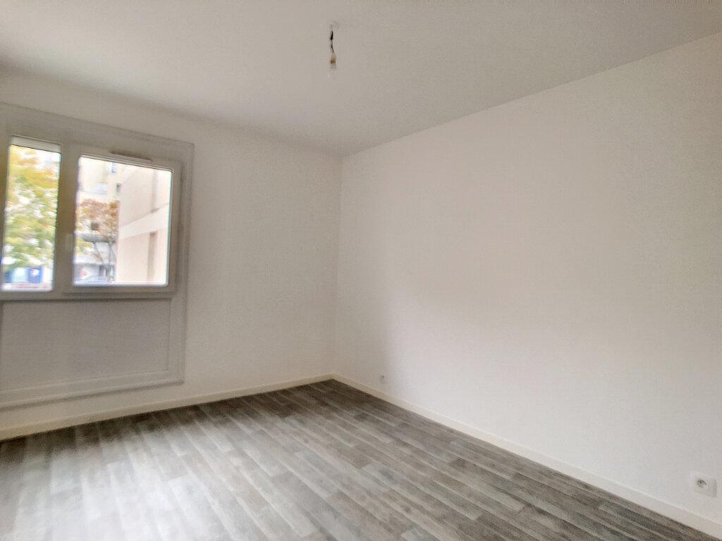 Appartement à louer 3 62.56m2 à Saint-Jean-de-Braye vignette-5