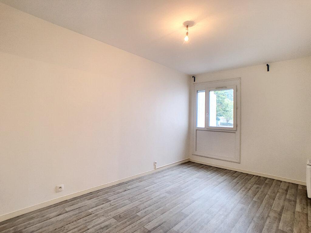 Appartement à louer 3 62.56m2 à Saint-Jean-de-Braye vignette-6