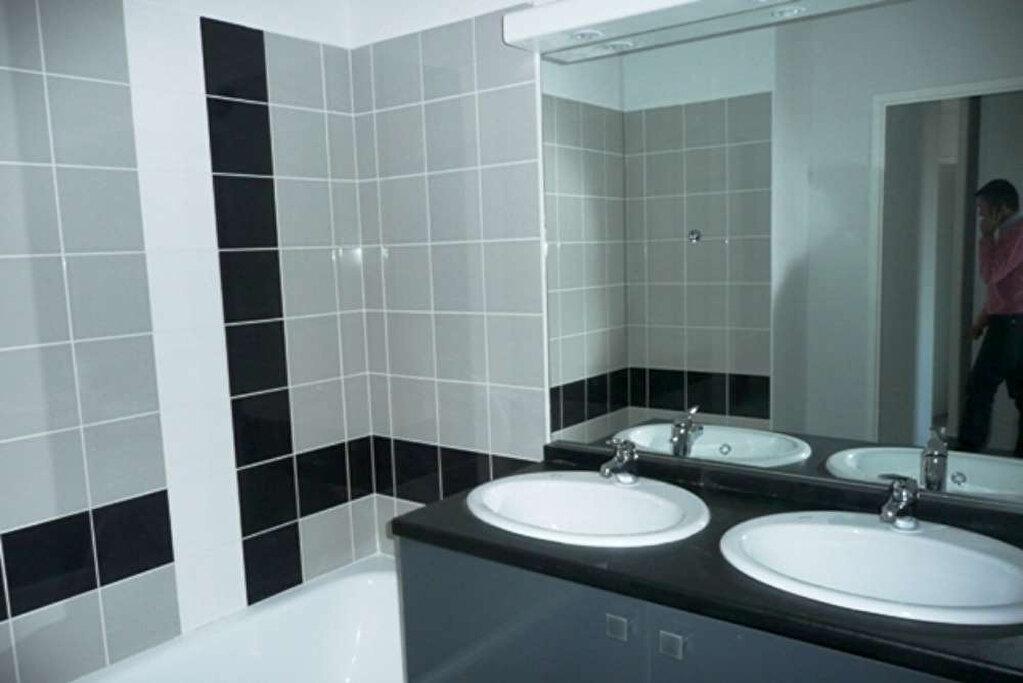 Appartement à louer 3 63.44m2 à Daux vignette-3
