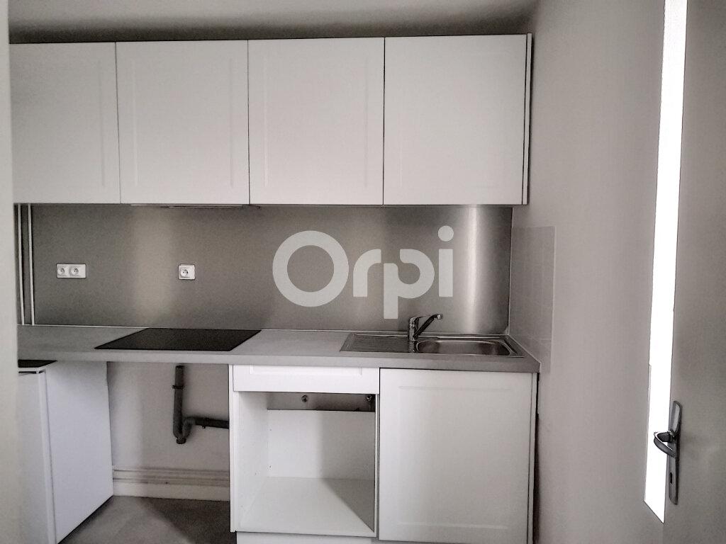 Appartement à louer 2 36.02m2 à Saint-Jean-le-Blanc vignette-3