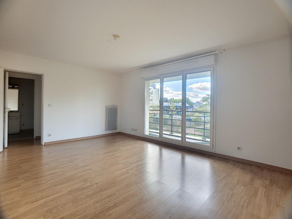 Appartement à louer 2 49.55m2 à Orléans vignette-3