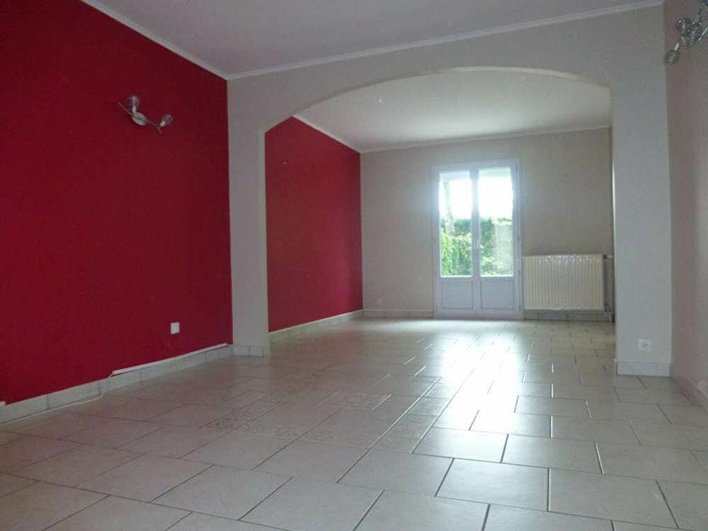 Maison à louer 5 100.2m2 à Orléans vignette-8