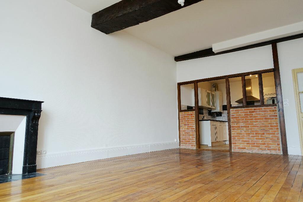 Appartement à louer 3 75.66m2 à Orléans vignette-1