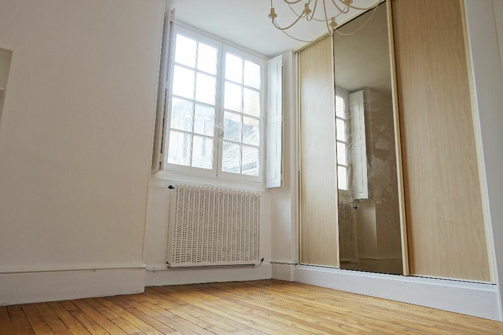 Appartement à louer 3 75.66m2 à Orléans vignette-5