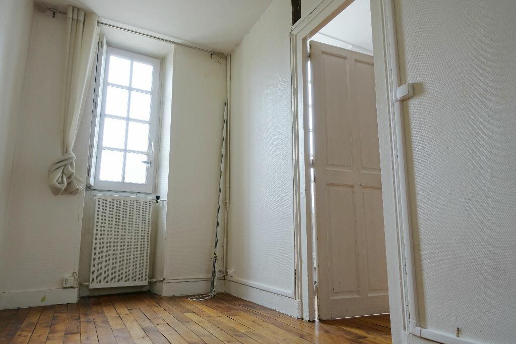 Appartement à louer 3 75.66m2 à Orléans vignette-7