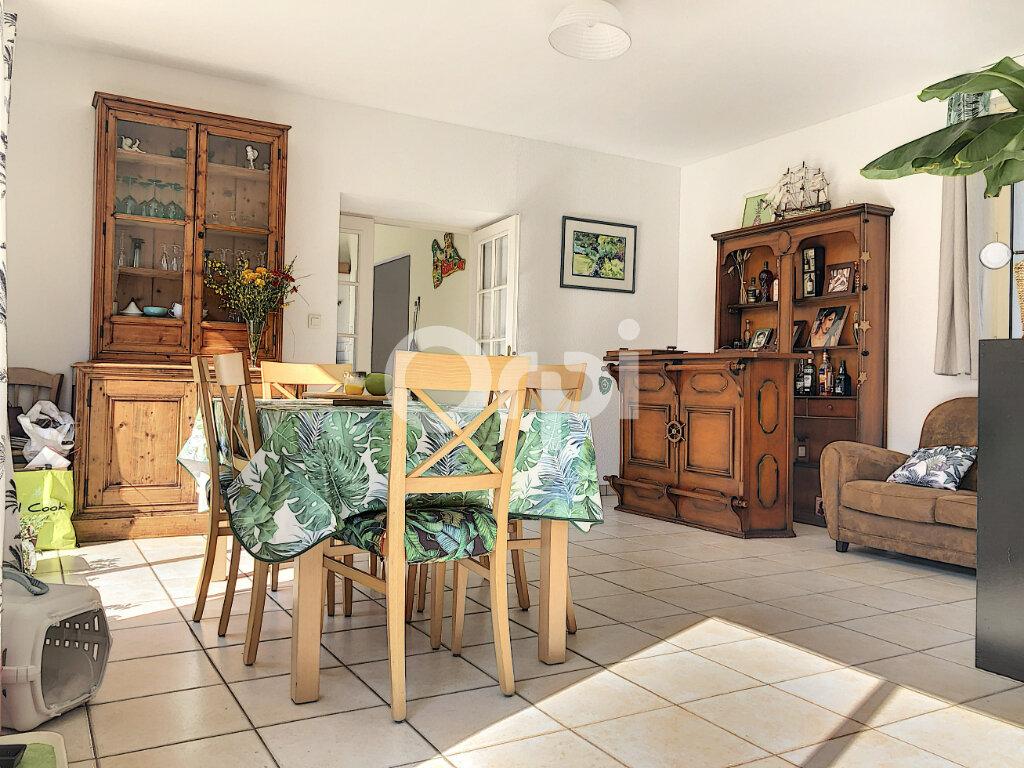 Maison à louer 5 148.49m2 à Cléry-Saint-André vignette-2