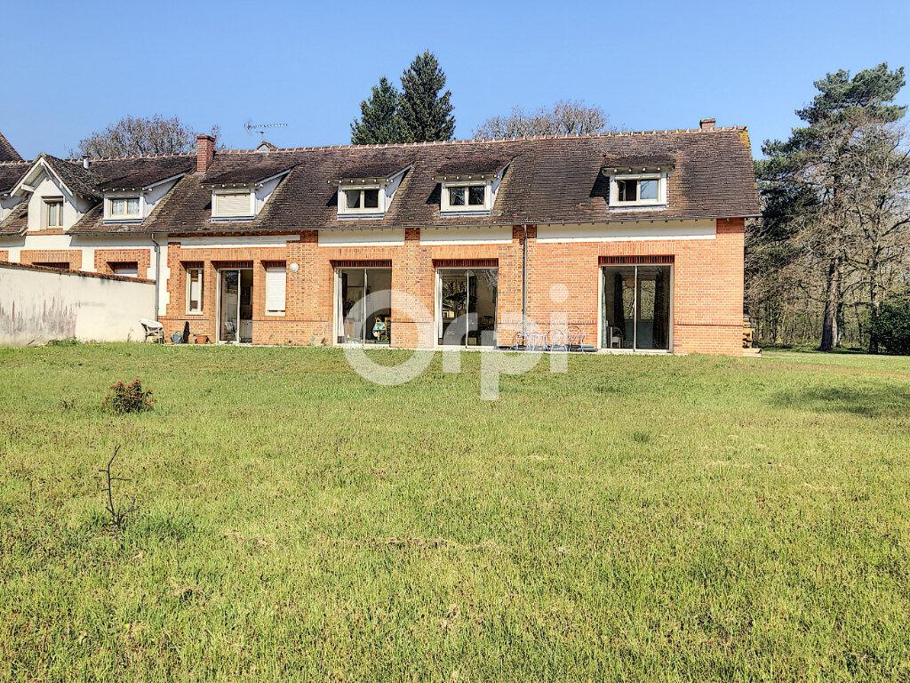 Maison à louer 5 148.49m2 à Cléry-Saint-André vignette-11