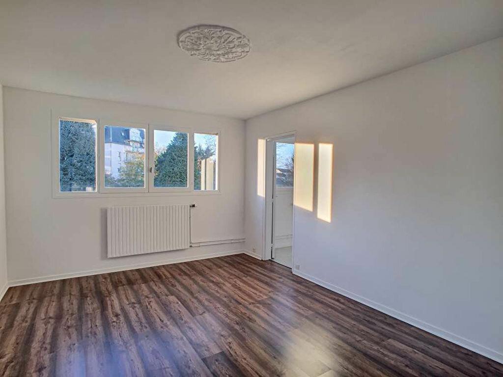 Appartement à louer 2 50.59m2 à Olivet vignette-1