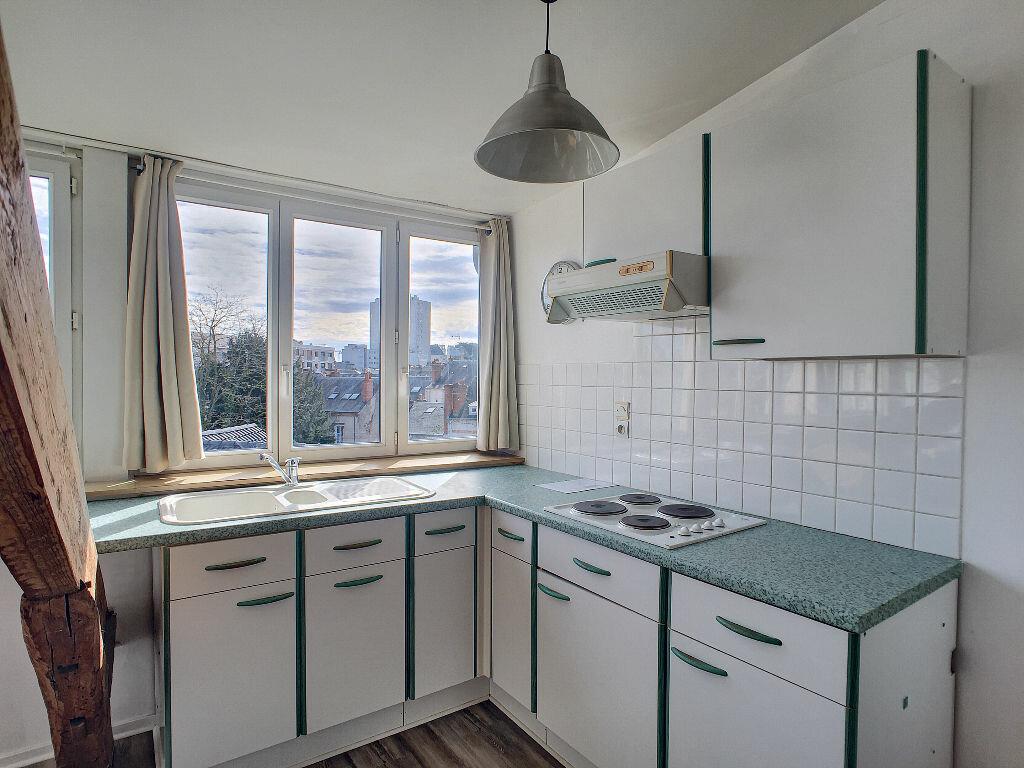 Appartement à louer 3 43.24m2 à Orléans vignette-2