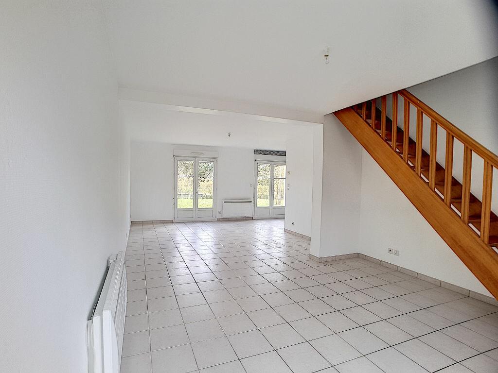 Maison à louer 5 122.25m2 à La Chapelle-Saint-Mesmin vignette-2
