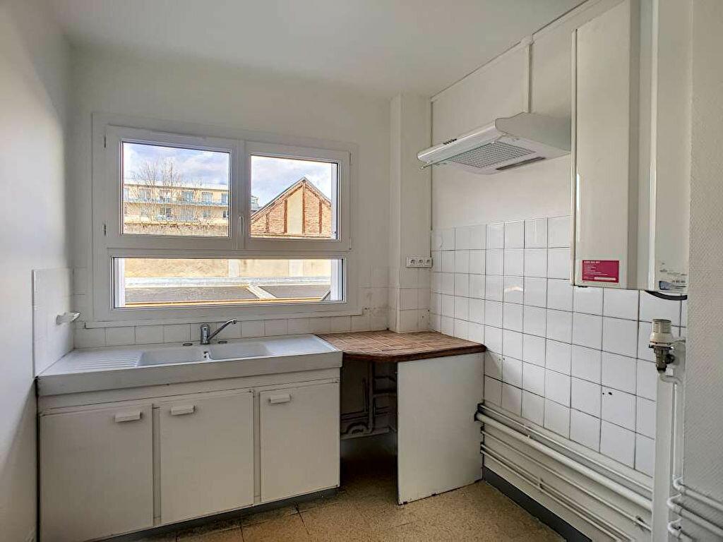 Appartement à louer 3 66.89m2 à Orléans vignette-7