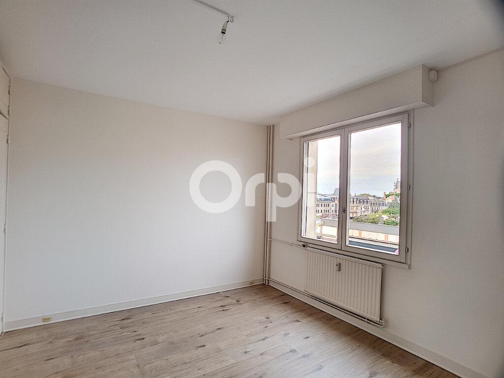 Appartement à louer 4 94.64m2 à Orléans vignette-8
