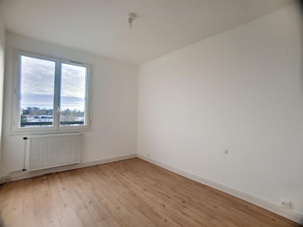 Appartement à louer 2 53.75m2 à La Chapelle-Saint-Mesmin vignette-2