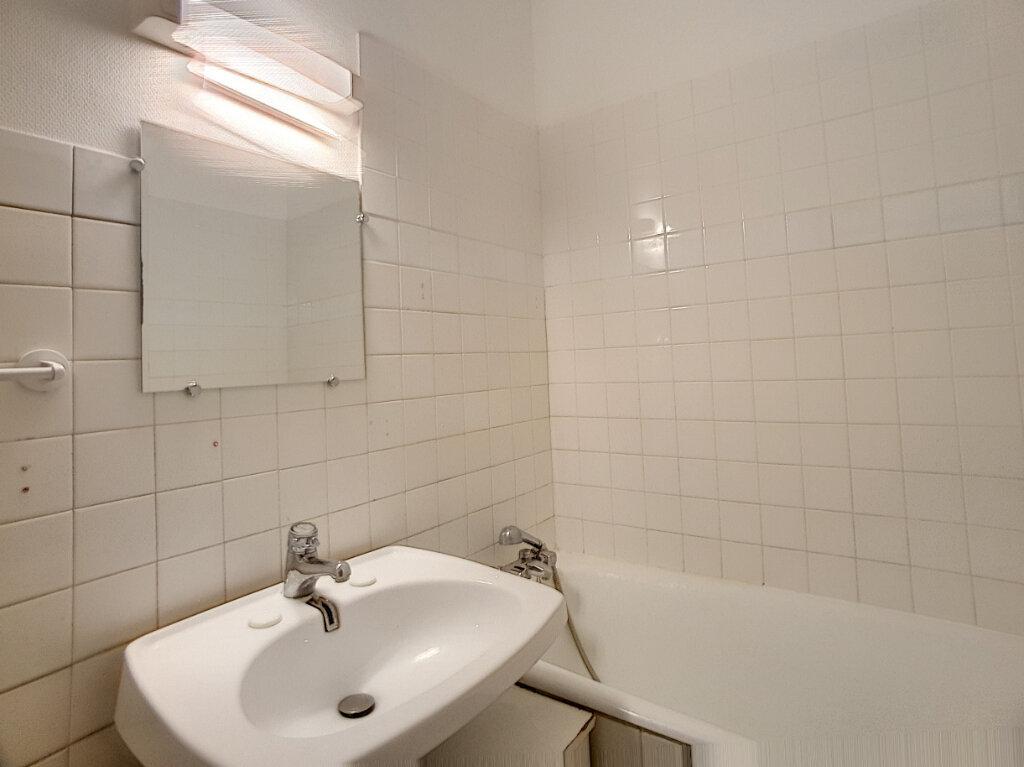 Appartement à louer 2 53.75m2 à La Chapelle-Saint-Mesmin vignette-4