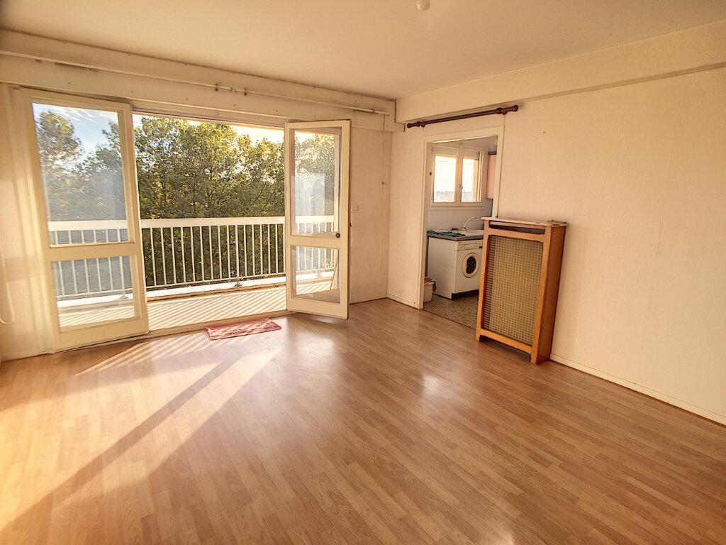 Appartement à vendre 2 43.04m2 à Orléans vignette-1