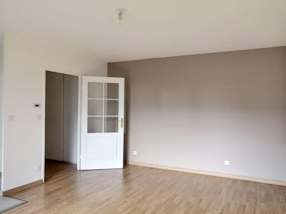 Appartement à louer 2 49.46m2 à Orléans vignette-3
