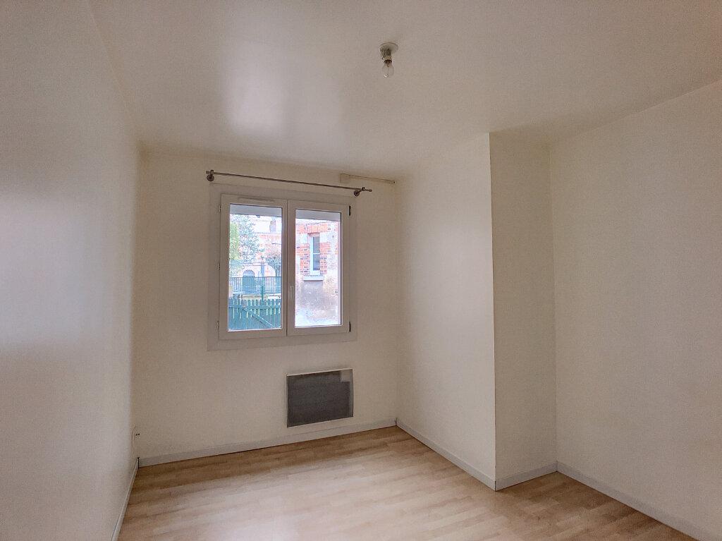 Appartement à louer 3 66.75m2 à Orléans vignette-8